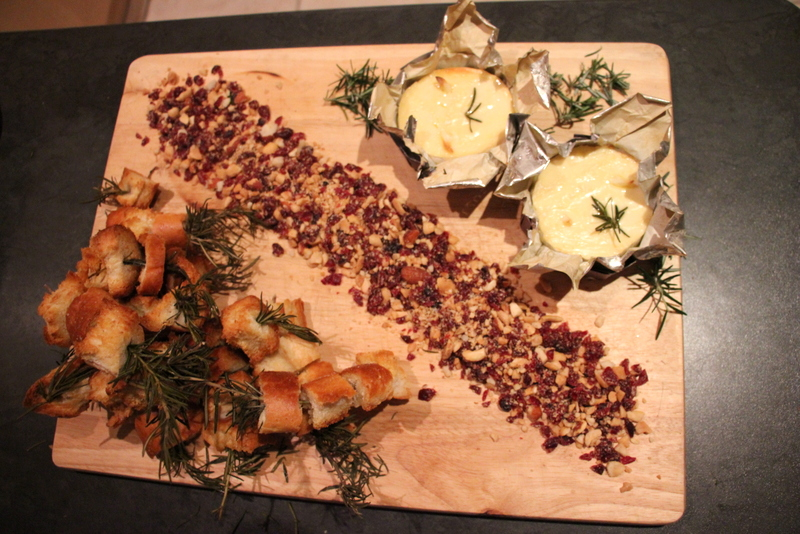Baked Camembert with Rosemary infused Baguette and a nutty Cranberry Crumble