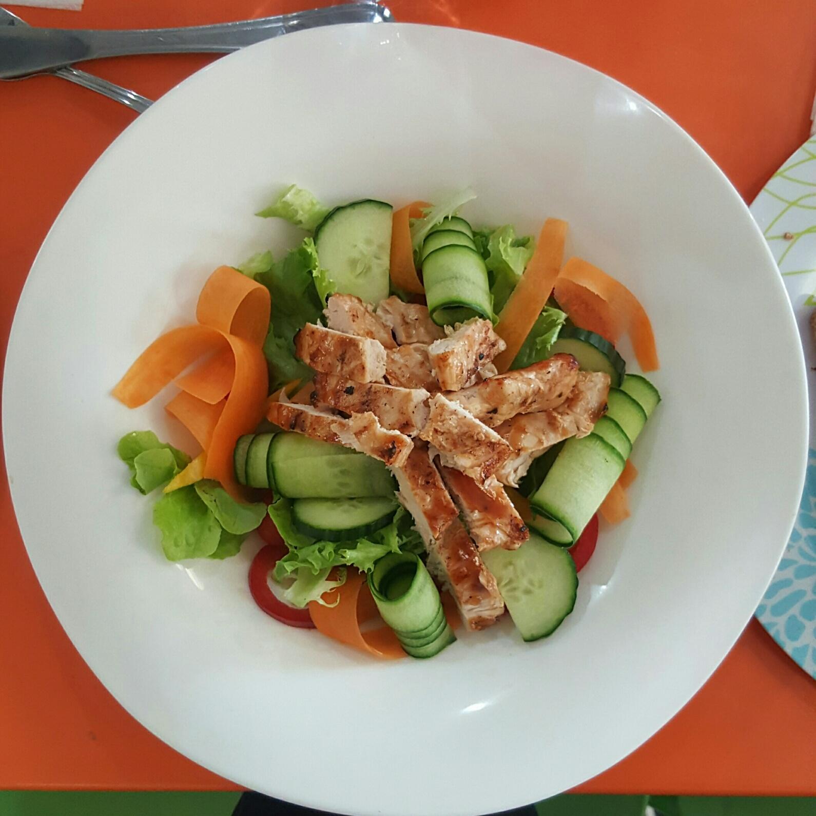 Chicken Salad at Bugz Plypark